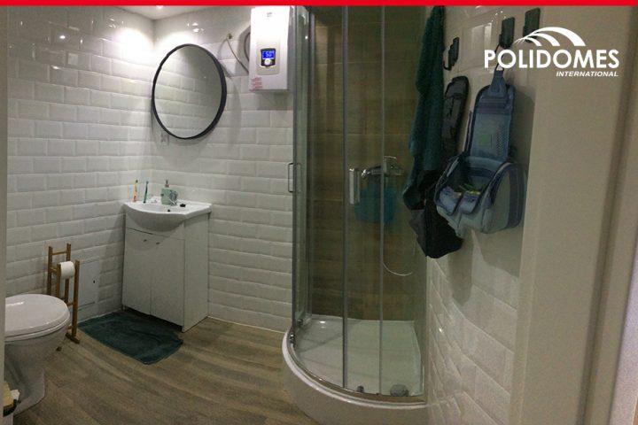 bathroom_pod_in_26'_dome