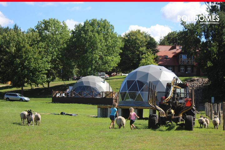glamping_tents_with_kids