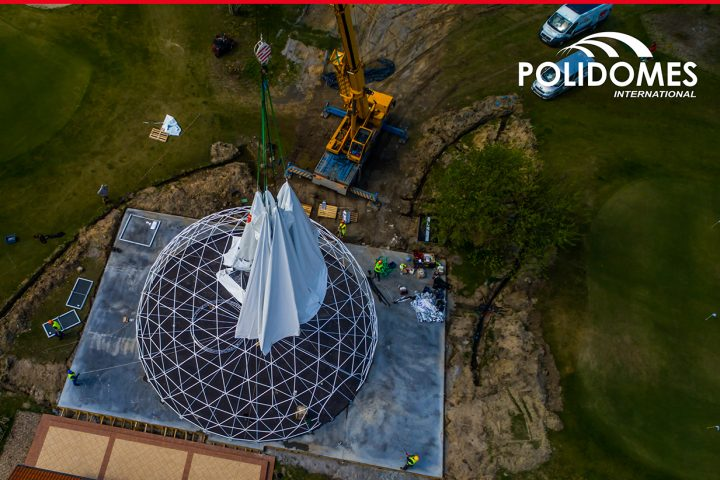 installing_large_dome_tent